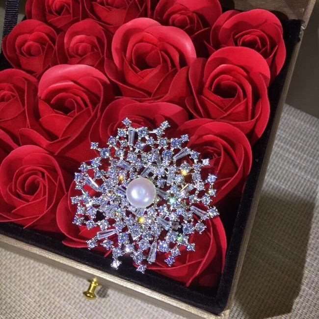 CHAUMET Brooch CE3456