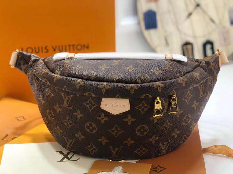 Louis vuitton original monogram canvas BUMBAG M43644