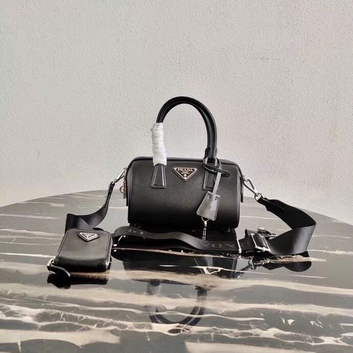 Prada Re-Edition 2005 top-handle bag 1BB846 black