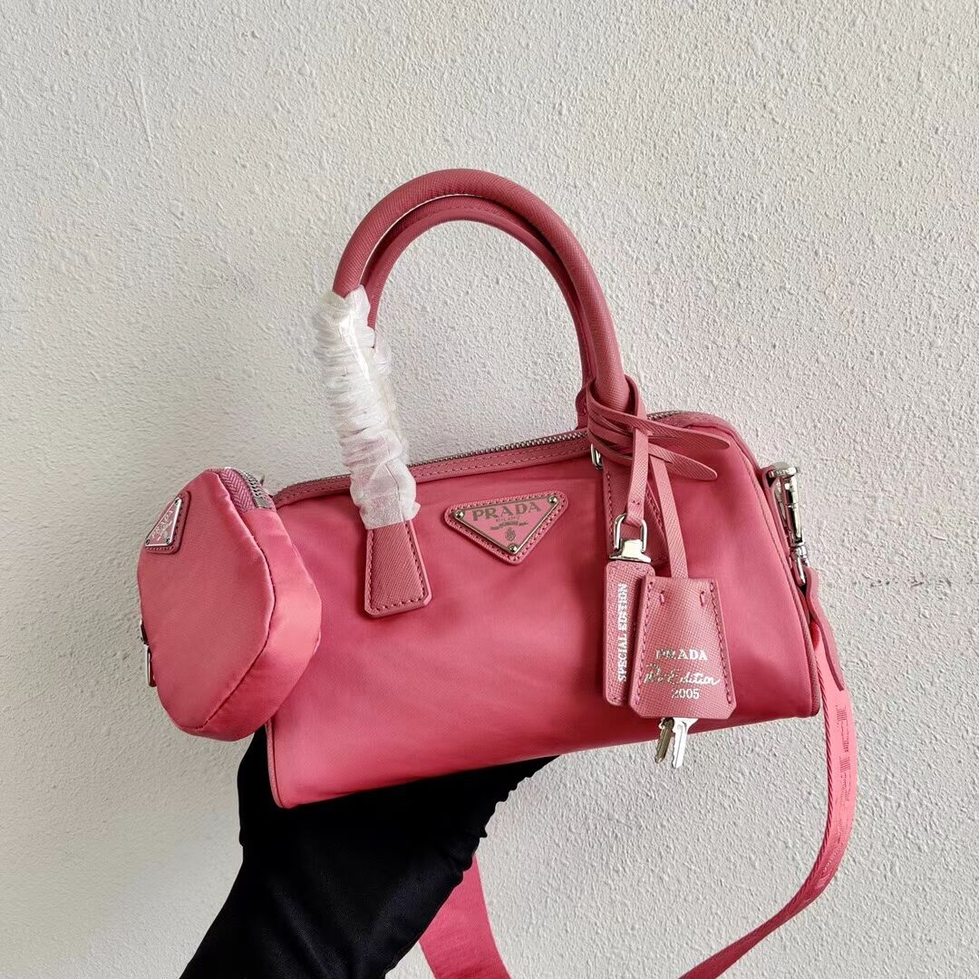 Prada Re-Edition 2005 top-handle bag 1PR846 pink